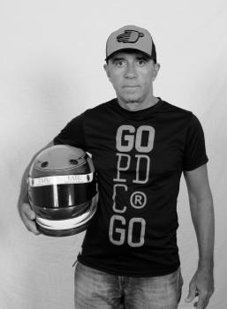 Kart pé de chumbo piloto Carlos Carrion